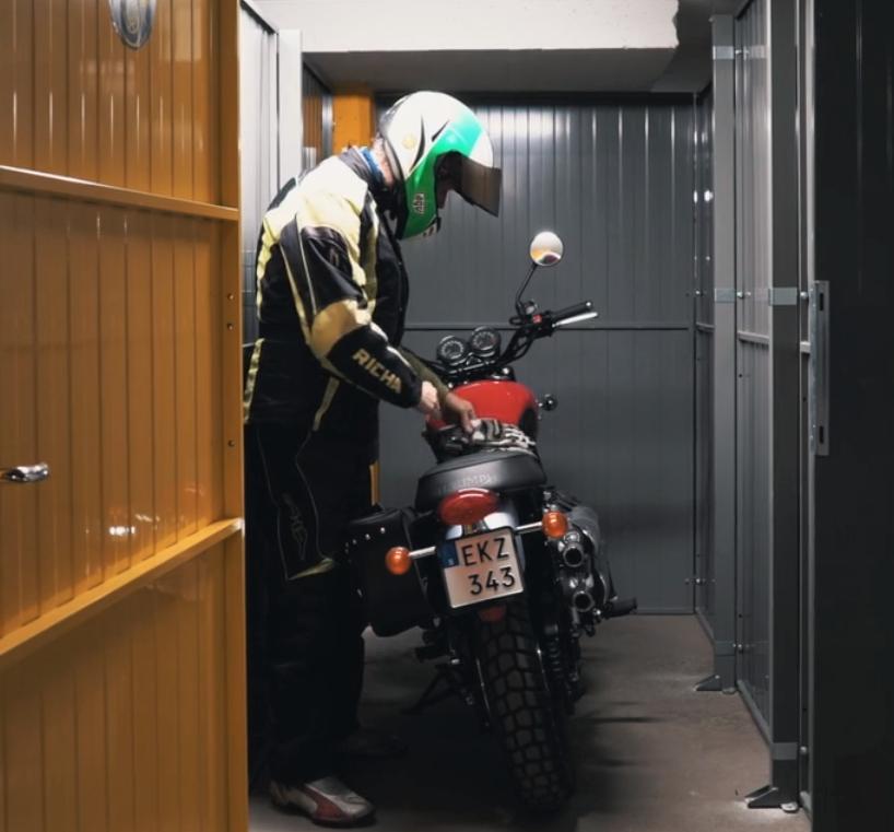 Galären hyr ut MC-garage